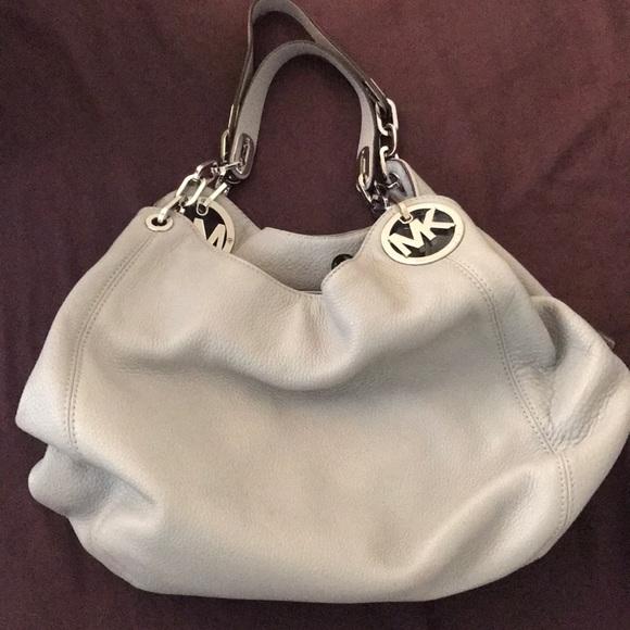 82660b7f6eb525 Michael Kors Bags | Nwt Dove Grey Fulton Bag | Poshmark